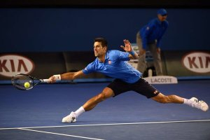 djokovic-stretches-oz-2015